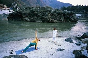 来自印度基础瑜伽四
