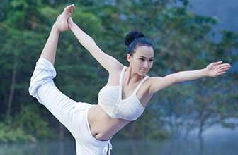 来自印度瑜伽美腰篇