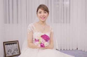 两种新娘装备哪个更美