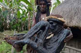 神秘原始部落制木乃伊